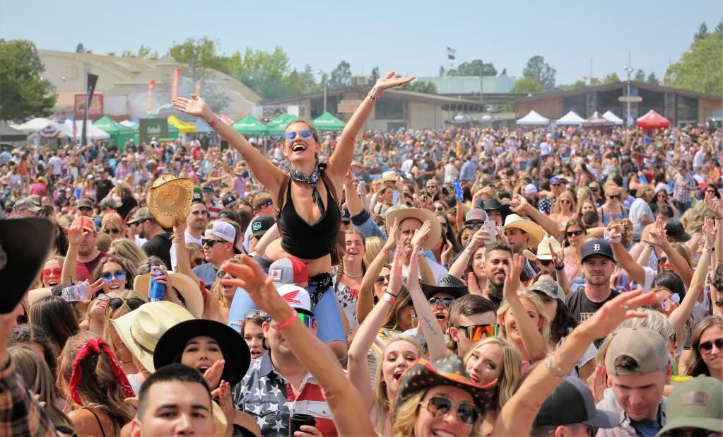 Cara Mudah Menikmati Festival Musik Bluegrass