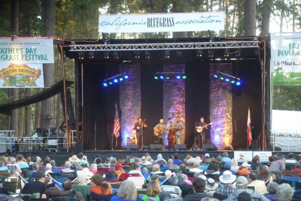Cara Efektif Menabung Untuk Menghadiri Festival Bluegrass